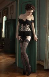 Model Anna im Strapsengurt von Beata Sievi, Bild: Ewald Vorberg