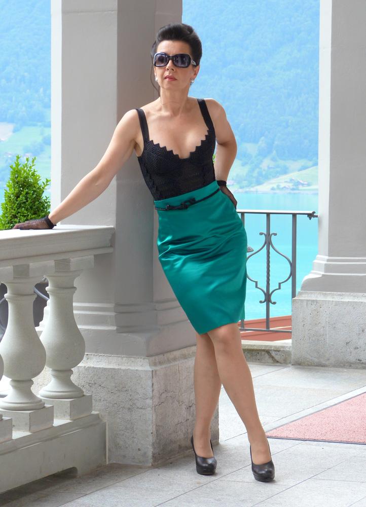"Beata Sievi Apéro Outfit - Spitzenbustier und ein Couture Bleistift Jupe made by ""entre nous"""
