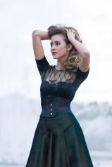 Ribbon-Korsett und Glockenjupe,Massanfertigung Beata Sievi Corset Artist
