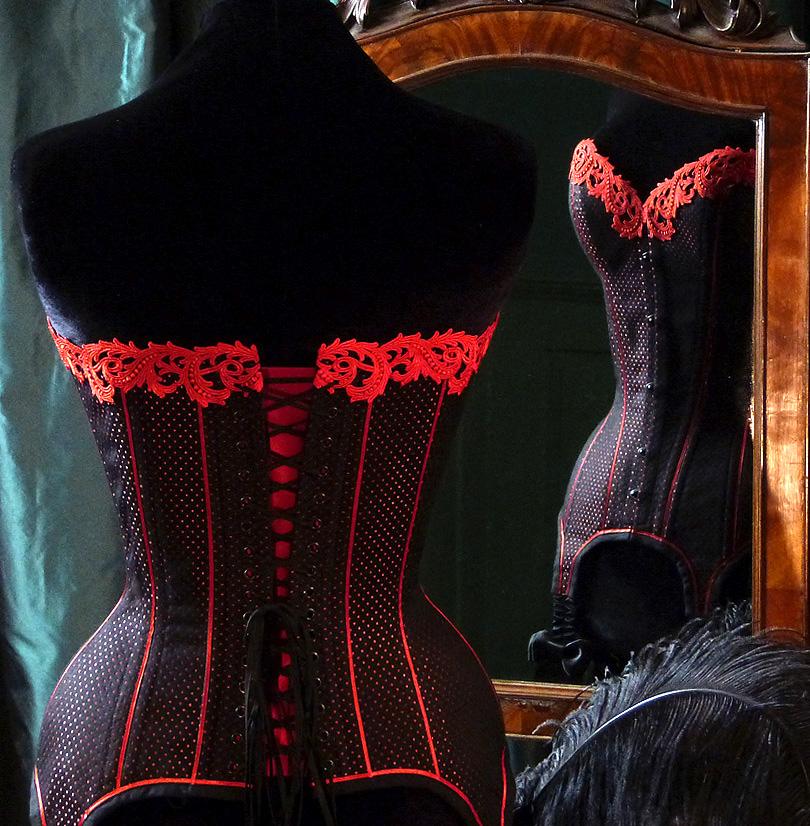 Boudoir corsett Beata Sievi corset Artist