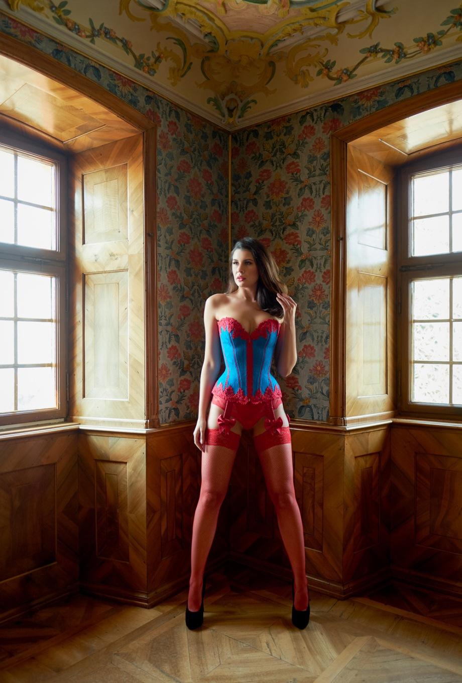 Boudoir Korsett by Beata Sievi Corset Artist, Photography: Ewald Vorberg, Model: Olga Kaminska